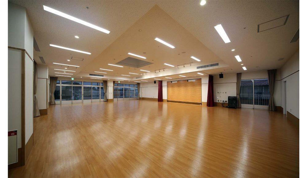 集会室 2
