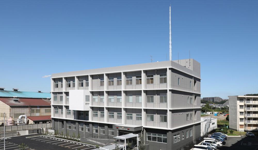 6V0A8681 浦賀警察署東面
